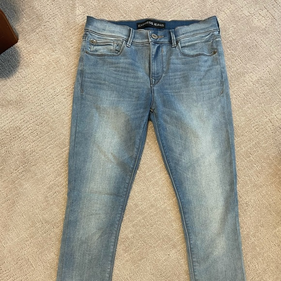 Express Light Washed Jeans mid-rise, size 4R
